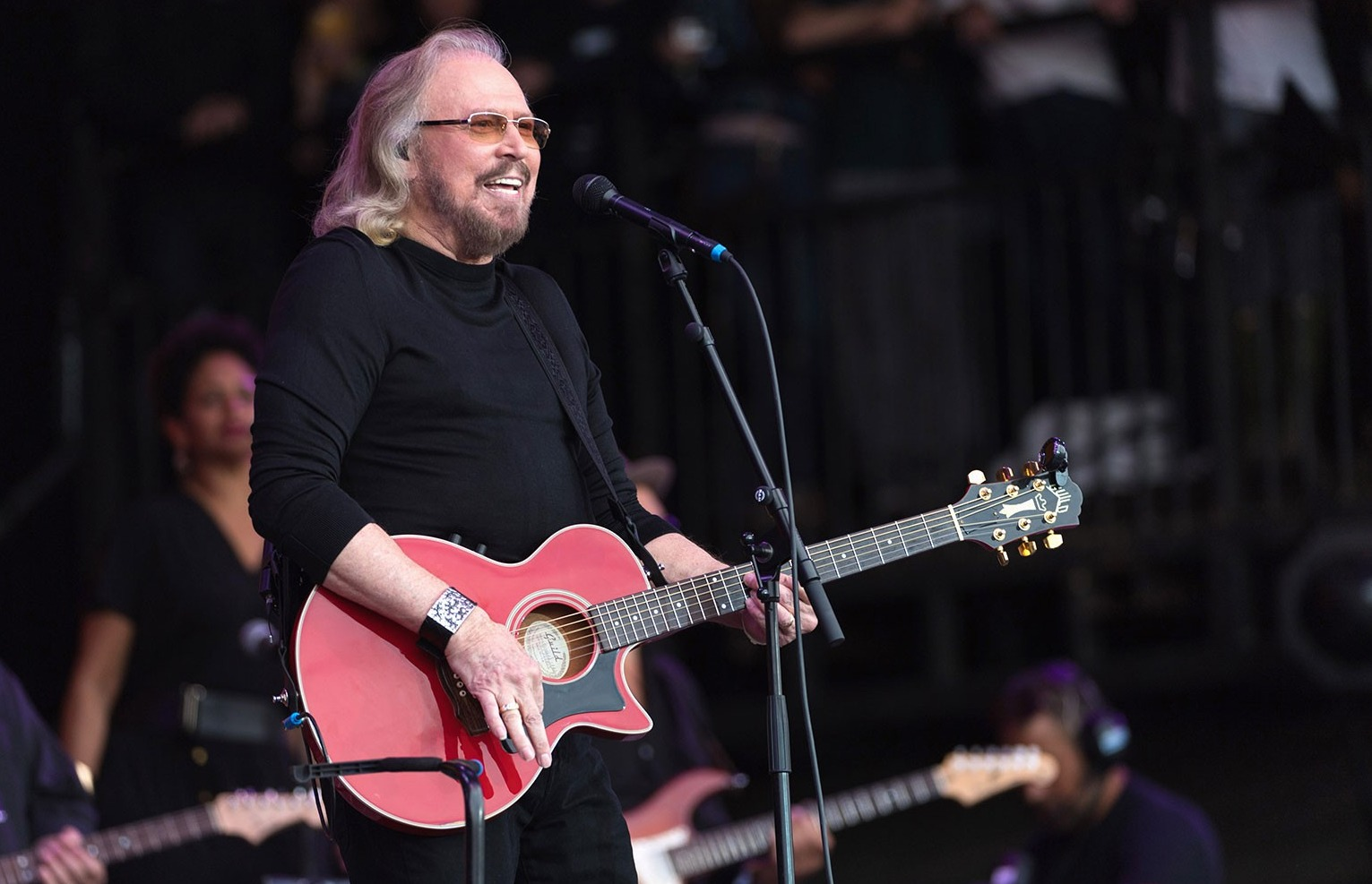 Barry Gibb Teams With Keith Urban, Miranda Lambert, Dolly Parton & More for Bee Gees Country Covers Album