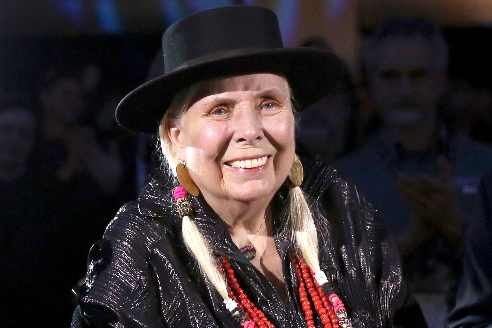 Joni Mitchell says making more personal music 'scared' male singer-songwriters