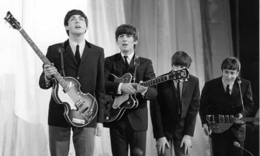 Paul McCartney to reveal unseen Beatles lyrics in new book